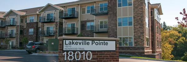 Lakeville Pointe
