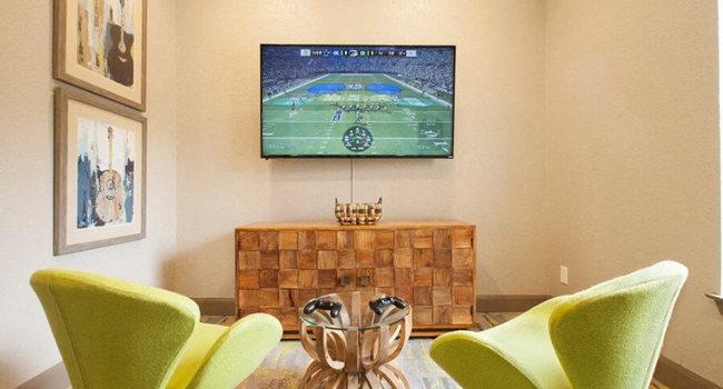 Ravina Apartment Homes 213 Reviews Austin Tx Apartments For Rent Apartmentratings C