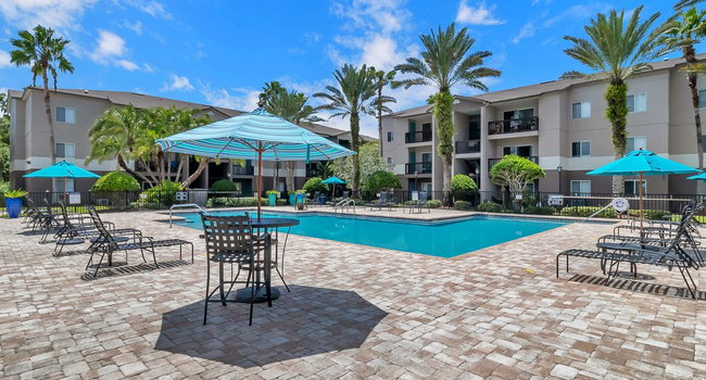 Valencia at Westchase - 258 Reviews | Tampa, FL Apartments ...