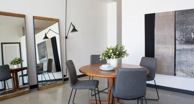 Long Beach, CA Edison Apartments kitchen dining room