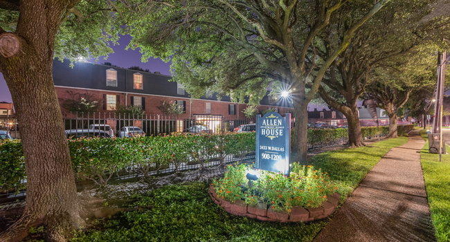 Image Of Allen House Apartments In Houston Tx