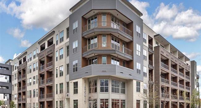 Circuit 10 Reviews Houston Tx Apartments For Rent Apartmentratings C