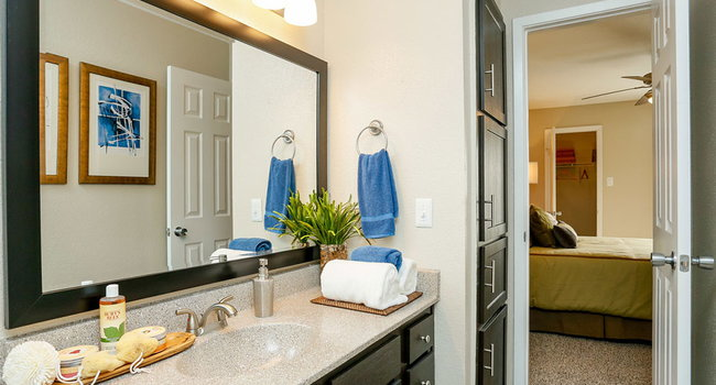 Hawthorne at South Shore - 293 Reviews | League City, TX