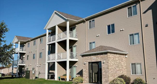 Eagle Run Apartments | West Fargo, ND