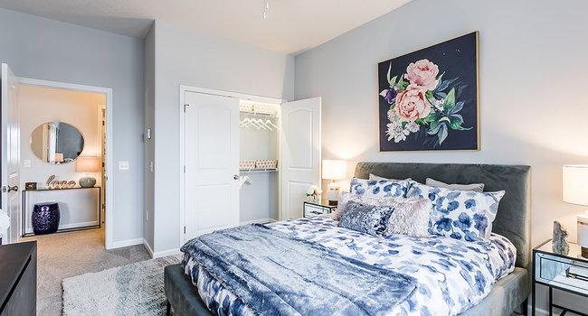 Villa Capri Senior Apartments - 1 Reviews | Rochester, NY ...