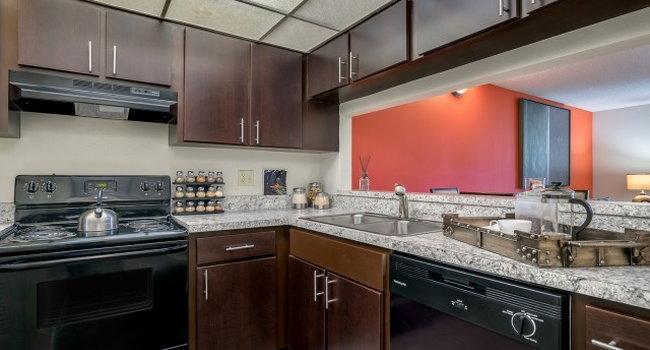 The Loop @ Wedgewood - 98 Reviews | Lakeland, FL Apartments ...