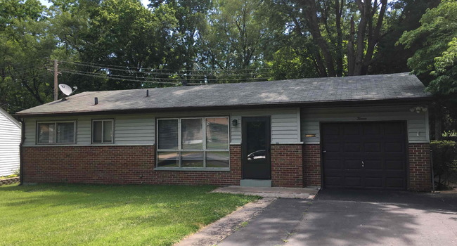 Image of 13 Montclair Court in Florissant, MO