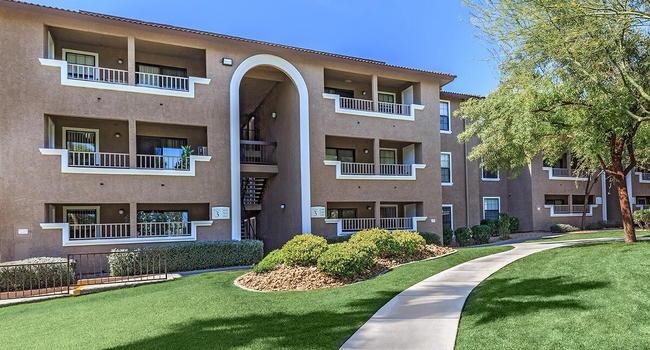 Sterling Sahara Apartments 1655 East Avenue Las Vegas Nv 89104