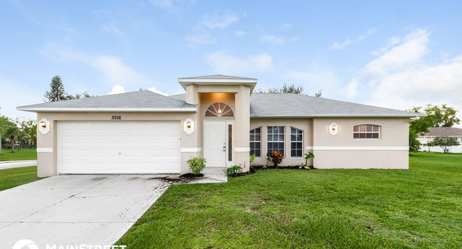 Image of 3016 Southwest 6th Avenue in Cape Coral, FL