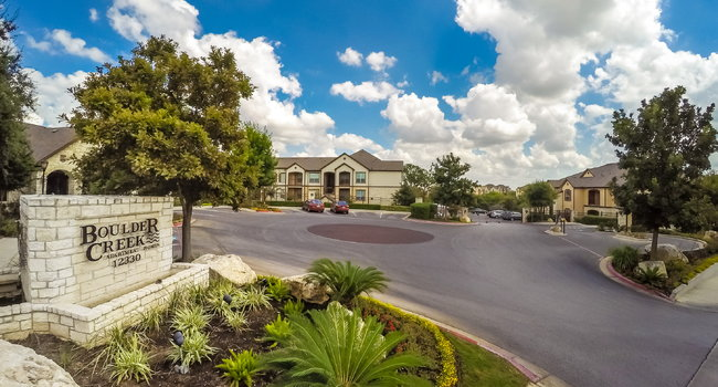 Boulder Creek Apartment Homes - 85 Reviews | San Antonio, TX ...