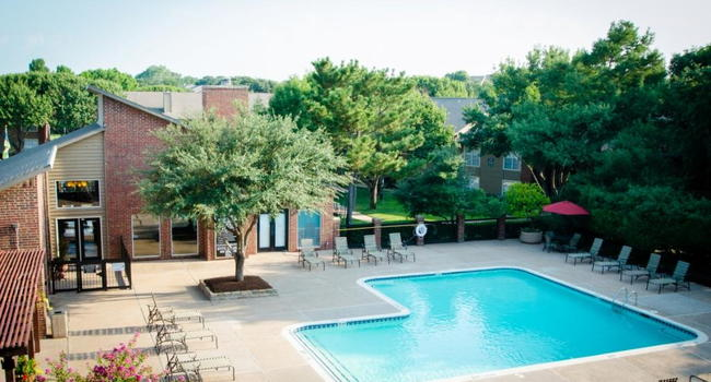 Image of Oak Chase Apartments in Arlington, TX