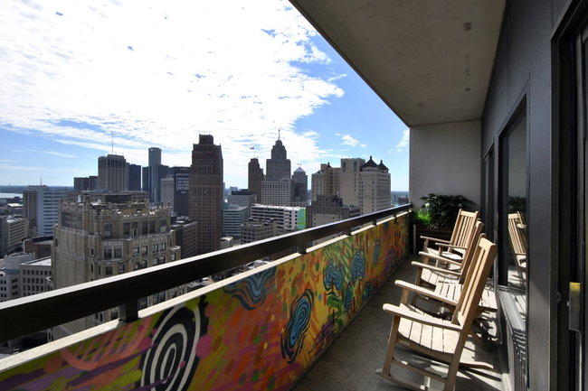 Manager Uploaded Photo Of Detroit City Apartments In Mi