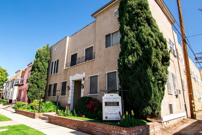 Manager Uploaded Photo Of 314 North Sierra Bonita Apartments In Los Angeles Ca