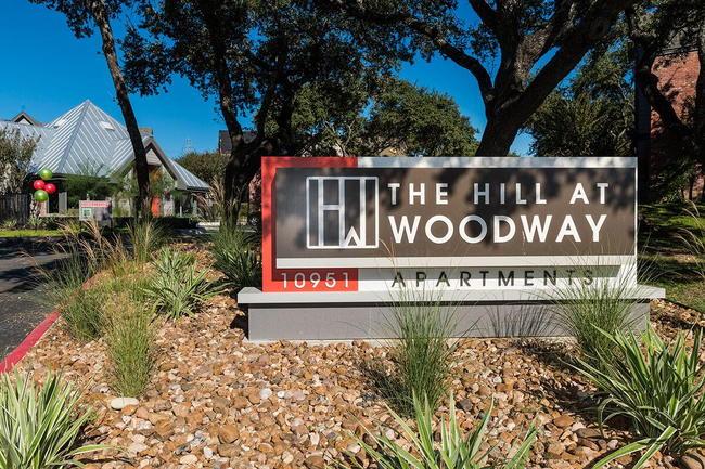 Hill At Woodway Apartments 136 Reviews San Antonio Tx